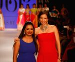 Kalki Koechlin showstopper at IIJW 2014 – Day 1
