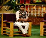 Kapil Sharma explores animated world with toon cats Honey and Bunny