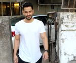 Kunal Khemu seen at Juhu