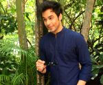 Free Photo: Manish Goplani excited to play 'pure negative character