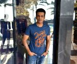 "Sonchiriya"" promotions - Manoj Bajpayee"