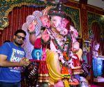 Celebs visits Andhericha Raja Ganesh Pandal