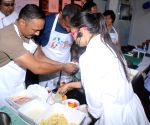 Pasta party ahead of Mumbai Marathon -  Rahul Bose