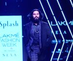 Lakme Fashion Week Winter/Festive 2017- Randeep Hooda, Sunny Leone