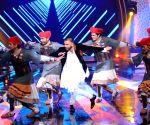 Celebs at Amitabh Bachchan's show Aaj Ki Raat Hai Zindagi
