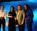"Power brand Awards""- Rishi Kapoor,Neetu Singh"