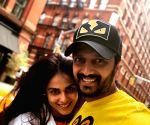 Free Photo: Riteish Deshmukh's love note for wife Genelia