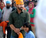 Saif Ali Khan at Golden temple
