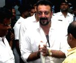 Sanjay Dutt calls on CM Mamata Banerjee