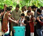 Ganesh immersion - Sanjay Dutt