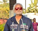 Shah Rukh has no acting role in 'Kaamyaab': Sanjay Mishra