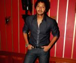 Actor Shreyas Talpade at Live gig of Farenhite at Firangi Paani,Fun Republic.