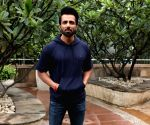Not being part of 'Manikarnika...' will always bother me: Sonu Sood