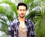 5 real and risky stunts by Tiger Shroff that left his fans speechless