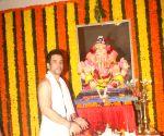Jeetendra, Tusshar Kapoor celebrate Ganesh Chaturthi