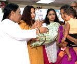 Vidya Balan meets Mata Amritanandamayi Devi