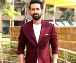 Vikrant Massey gets a beautiful b'day wish from fiancee Sheetal Thakur