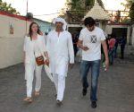 Funeral of Late wrestler-actor Dara Singh's wife Surjit Kaur Randhawa
