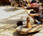 Vineet Kumar Singh learnt pottery for 'Aadhaar'