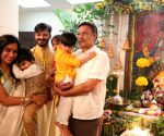 Vivek Oberoi adieu to God Ganesh - 5th Day
