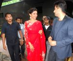 Deepika, Arjun on sets of Zee Cine Star Ki Khoj