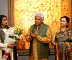 Javed Akhtar and Shabana Azmi during a art show