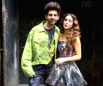 "Kartik Aaryan and Sara Ali Khan on the set of ""Dance Plus 5"