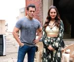 Salman Khan and Sonakshi Sinha seen at Bandra