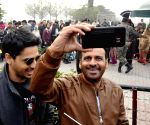 Sidharth Malhotra, Manoj Bajpayee, celebrate Republic Day at Attari