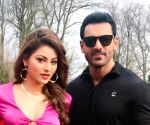 'Pagalpanti': Urvashi Rautela and John Abraham to recreate iconic Sridevi song 'Tera bimaar mera dil'