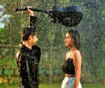 Vatsal Sheth stars in video of romantic song
