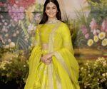 Sonam Kapoor and Anand Ahuja's wedding reception - Alia Bhatt