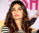 Athiya Shetty admits her Monday was a blur
