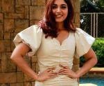 A nostalgic Bhumi Pednekar remembers fun-filled days at Pati Patni Aur Woh set