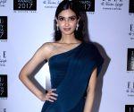 """Elle India Beauty Awards 2017"""" - Diana Penty"""