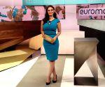 I love to host shows: Evelyn Sharma