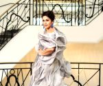 Huma Qureshi makes a spla