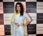 Baba Siddique's iftar party - Huma Qureshi