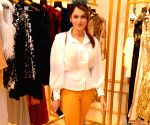Isha Koppikar seen at a store