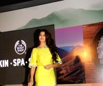Jacqueline Fernandez launch The Body Shop's new range of products