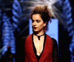 Lakme Fashion Week Winter Festive 2016 - Tarun Tahiliani