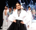 "Kangana Ranaut oozed elegance in her showstopper walk: LMIFW SS""20"