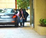 Kareena Kapoor Khan and Taimur seen at Karisma Kapoor's residence