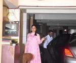 Kareena Kapoor Khan seen at Bandra