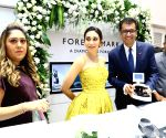 Karisma Kapoor launches Forevermark's festive collection