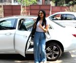 Kiara Advani seen at Juhu