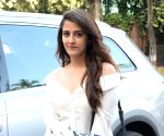Kriti Sanon and her sister seen at the shoot of 'Miss Malini
