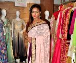 Neetu Chandra visits Sandhiya Singh's Art Exhibition