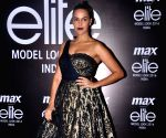 Grand Finale of Max Elite Model Look India 2016
