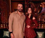 "Aunty Boli Lagao Boli""- Parineeti Chopra and Director Rohit Shetty"